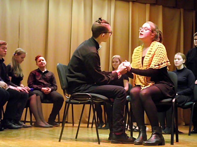 Žirmūnų gimnazijos dramos studijos spektaklis