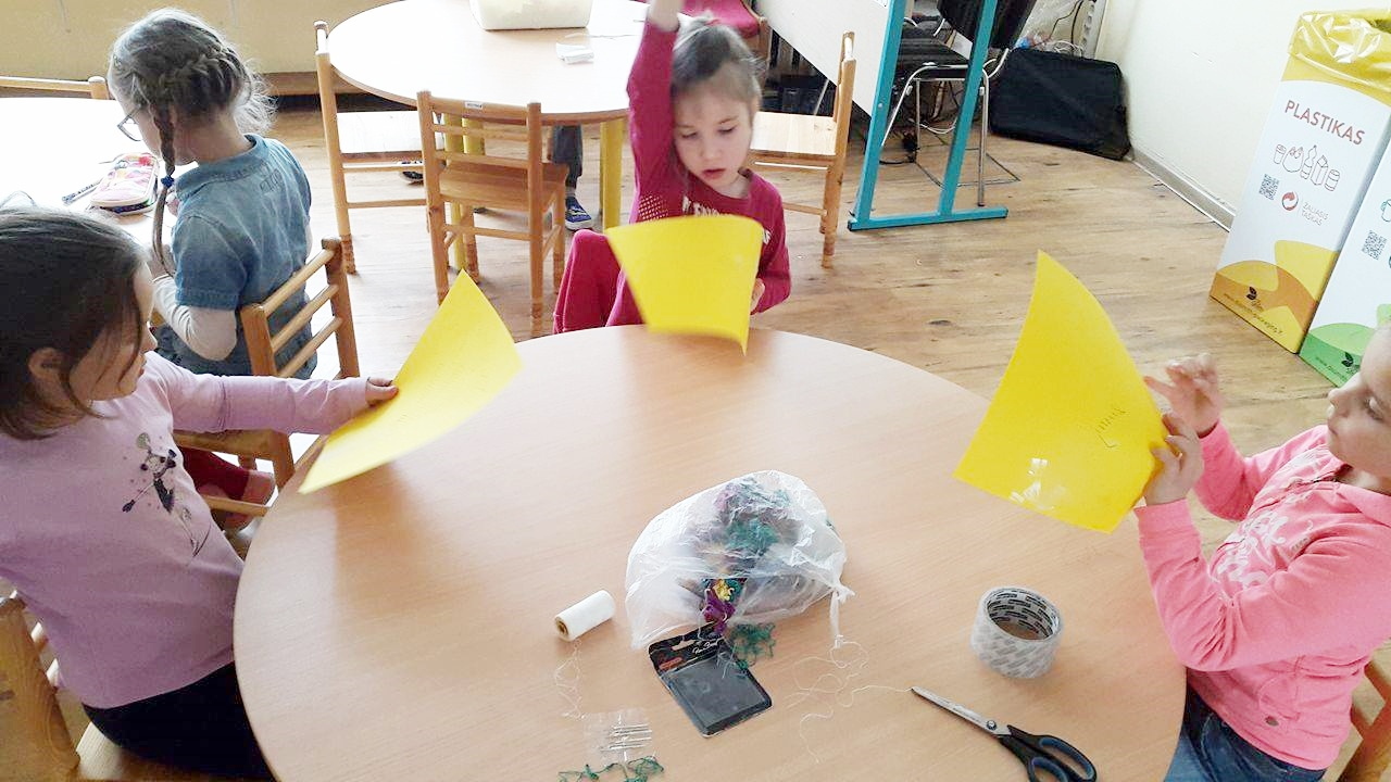 Vaikų darbeliai Motinos dienai