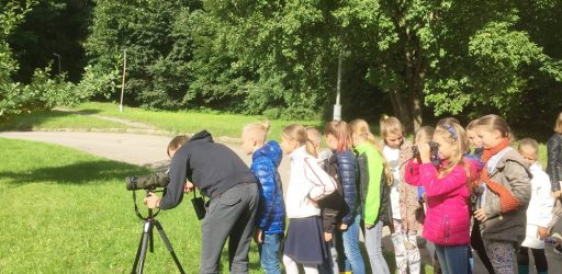Mokykloje lankėsi ornitologas G. Petkus