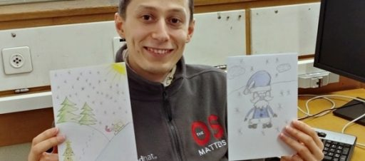CERN darbuotojai (Šveicarija) dėkoja penktokams už atvirukus