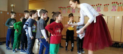 """""""Švenčių ambasadoriai"""" aplankė priešmokyklinukus"""
