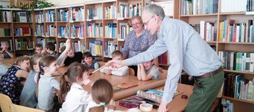 Susitikimas su rašytoju Kęstučiu Kasparavičiumi