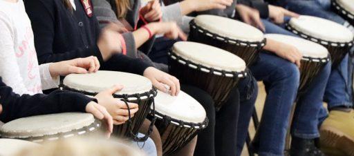 Afrikos būgnų ritmu