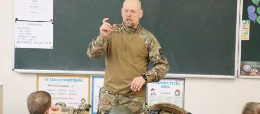 Pamoka apie karius 3e klasėje